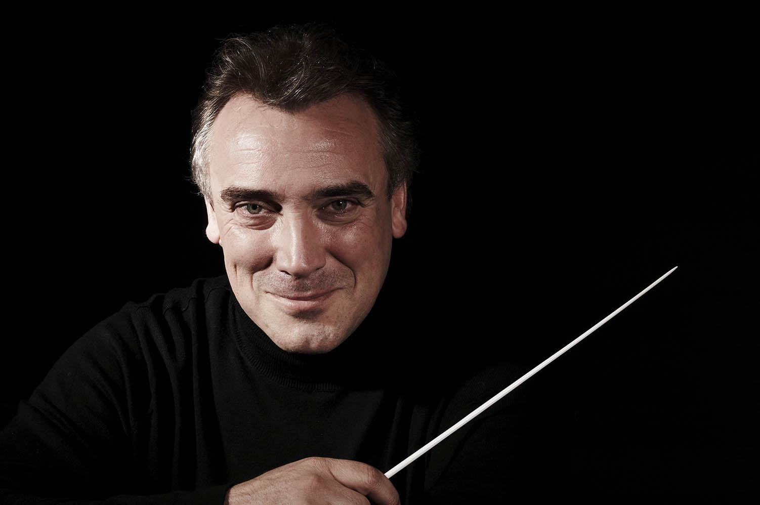 Spansk-svensk dirigentförlängning